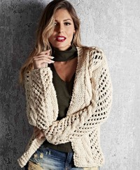 Cardigan in Mesh Pattern with Cables