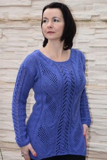 Long Pullover in Lace Panels