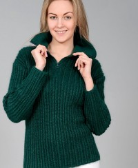 Pullover with Collar and Zipper