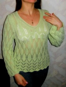 Pullover with Lace Leaves
