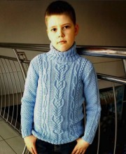 Boy's Pullover in Textured Patterns
