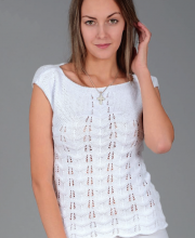Top with Zig-zag Lace Pattern